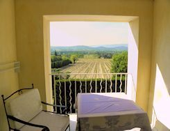 All our bedrooms have a privileged view on the Luberon